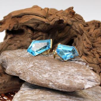 Blau Topas Ohrstecker mit Clip 750er Gelbgold
