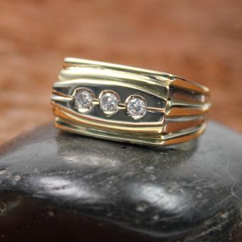 Ring Gelbgold 585er 3 Brillanten