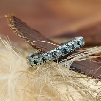Halb Memoire Ring Weißgold 585er mit acht Diamanten
