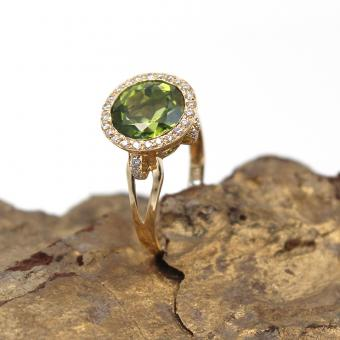 Brillant Peridot Ring 750er Gelbgold GR 56