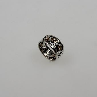 Silberring mit Diamanten in Goldzargen gefasst
