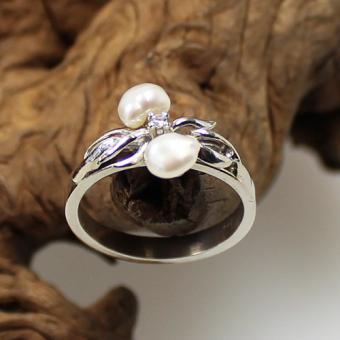 Weißgold-Perl-Diamant Ring 585