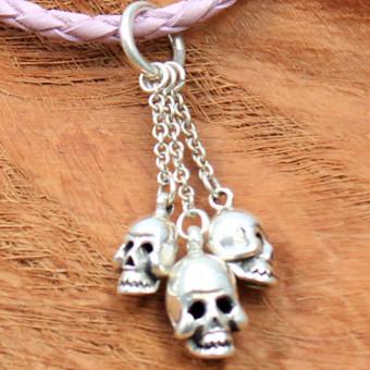 JJJ LA three Skulls Pendant Leather Collier pink