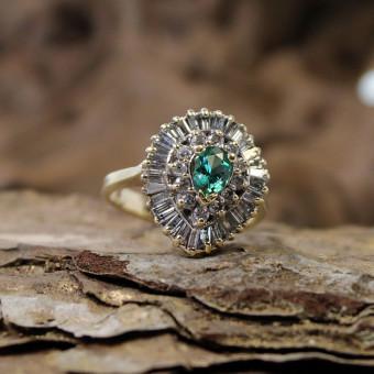 Diamant Ring, Mittelstein synthese mit Fehlern 585