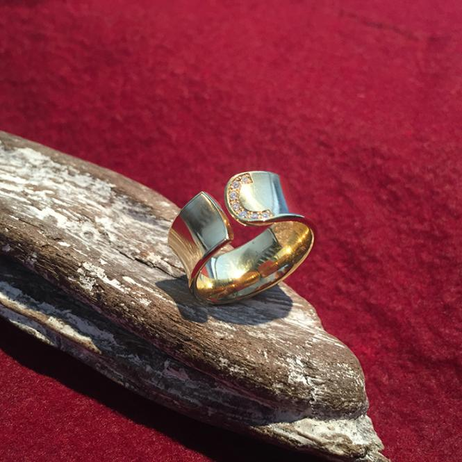 Damen Ring 750er Gelbgold 0,07 Ct Brillanten GR 54