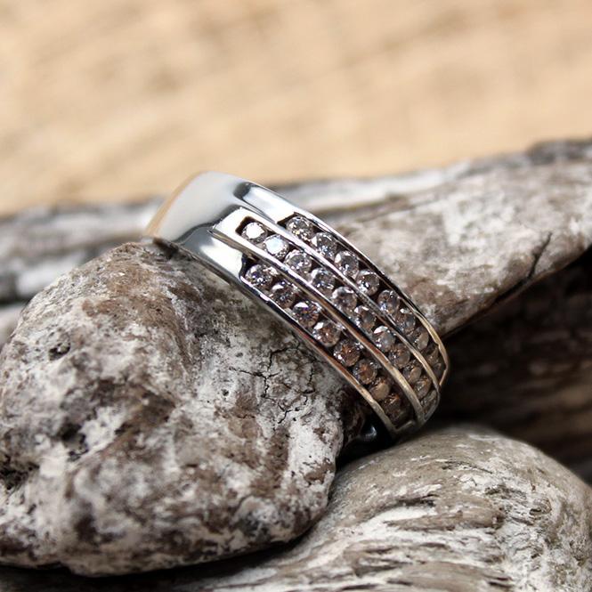 Diamant Ring 585er WG circa 0,75Ct