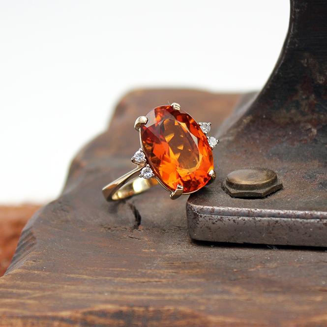 750er Gelbgold Ring mit 12 Ct Madeira Citrin GR 58