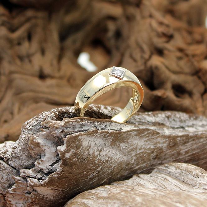 Herren Brillant Ring 585er mit 0,08Ct