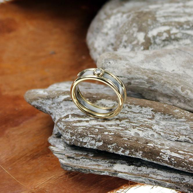 Brillant Ring Platin/ Gelbgold
