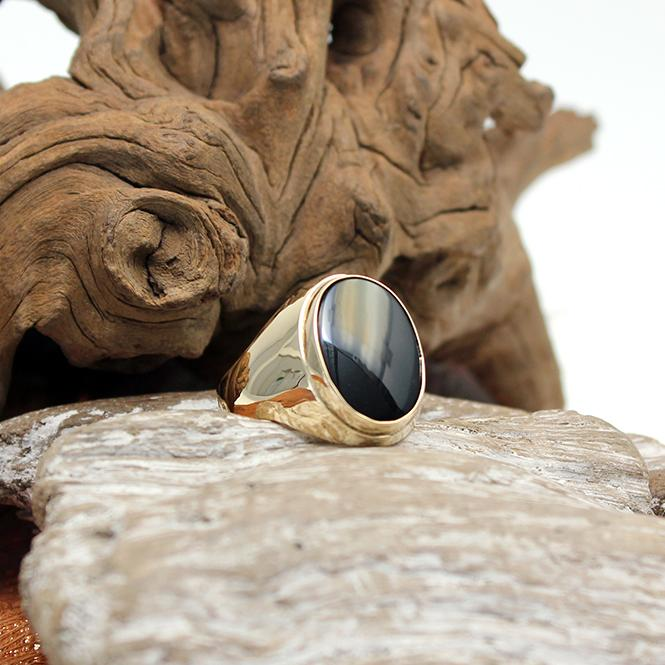 Siegel Ring mit Onyx in 585er Gelbgold