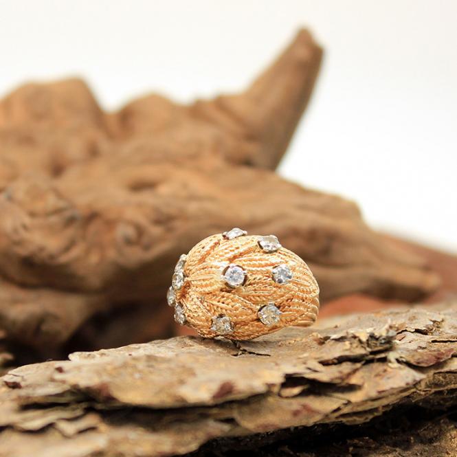 Orientalischer Gelbgold Ring mit Diamanten 18Kt