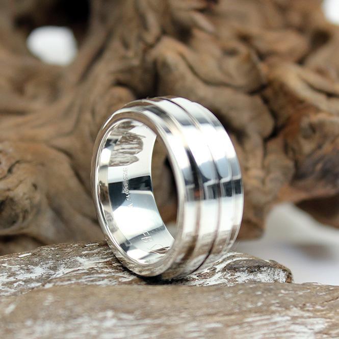 breiter silberring mit diamant besatz 925er 0 017ct w si. Black Bedroom Furniture Sets. Home Design Ideas