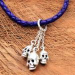 JJJ LA three Skulls Pendant Leather Collier violett