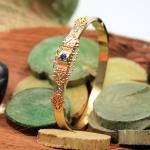Antik (Biedermeier) Armreif um 1860  mit Saphir und Diamant