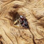 Aniker Goldring mit bömischen Granaten