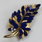 Brosche in Form eines Palmzweigs mit Lapis Lazuli und Diamant Besatz 750 Gelbgold