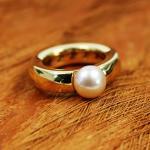 Joop Gelbgold Ring mit Perle 750 in Ringgröße 54